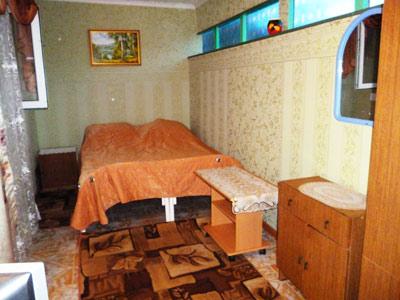 Жилье с кухней в номере на двоих на Толстого